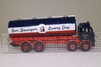 Corgi Classics 24301; Leyland Mouthorgan Cab; 8 Wheel Cylindrical Tanker, Wm Younger & Co Ltd