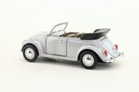 Cararama 25000; Volkswagen Beetle Convertible; Open Top; Silver