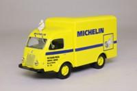 IXO; Renault Galion Van, Faineant; Michelin