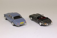 Vanguards JA1002; Jaguar 2 Piece Set; XJ6 Series 1 & E-Type Roadster