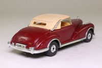 Corgi 806; 1956 Mercedes-Benz 300 SC; Closed Cabriolet; Maroon/Tan