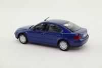 Minichamps 433 080004; 2000 Ford Mondeo Mk3; Blue