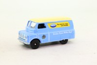 Days Gone Lledo DG173010; Bedford CA Van; Milk Marketing Board