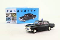 Vanguards VA04403; Austin A60 Cambridge; Hertfordshire Constabulary