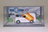 Corgi 06506; Morris Minor Van; Courtline, Luton Airport