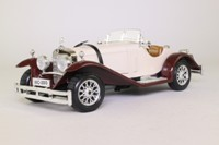 Burago 1509; 1928 Mercedes-Benz SSK Roadster; Coffee & Chocolate