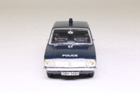 Vanguards VA04104; Ford Cortina MkII; Thames Valley Constabulary