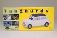 Vanguards VA25005; Morris Mini-Cooper S; Cream; Black Roof