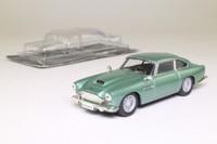 IXO; 1962 Aston Martin DB4; Appletree Green