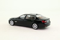 Minichamps 431 027000; 2008 BMW 7 Series Sedan (F02); Schwartz Uni