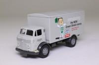 Vanguards VA28001; Commer Box Van; Green Shield Stamps
