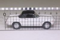 Atlas Editions 4 656 104; 1965 Fiat 1500 Cabriolet; Soft Top, White