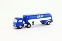 Schuco 744; Piccolo; Mercedes-Benz Artic; Petrol Tanker; Aral