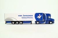 WSI Models 01-2511; Scania T Cab; Reefer Trailer; van Leeuwen