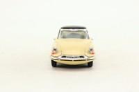 Rio 97; 1956 Citroen DS19 Berlina; Cream & Black