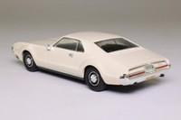 del Prado 28; 1966 Oldsmobile Toronado; Cream