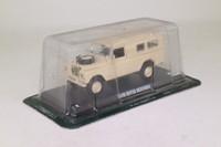 del Prado 54; 1975 Land Rover Series 3; Military, Desert Camo