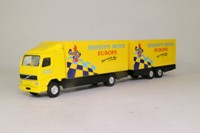 Corgi TY86712; Volvo FH; Rigid Truck & Trailer, Bishop's Move: Europe