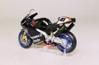 IXO; Aprilia RSV 1000R; 2002 Noriyuki Haga; RN41