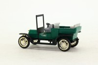 Old Cars 105; 1905 Fiat Cabriolet; Green & Black
