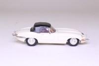 Corgi 96042; Jaguar E-Type; Closed Roadster: Cream, Black Top