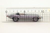 Kyosho 03061S; Jaguar E-Type Roadster; Open Top, Metallic Silver