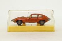 Dinky Toys 131; Jaguar E-Type 2+2; Metallic Bronze, Speedwheels