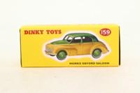 Atlas Dinky Toys 159; Morris Oxford MO; Green Over Cream; Green Hubs