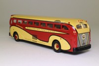 Corgi 98464; Yellow Coach 743; Burlington Trailways, Omaha