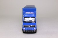Corgi 59519; Volvo FH; Artic Racing Transporter, Cadbury's Boost