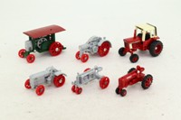 ERTL 1739; International Harvester Historical Tractor Set; 6 Pieces