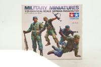 Tamiya 3512; Military Miniatures; German Parachuters