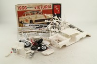 AMT 2156-200; 1956 Ford Victoria; Plastic Self-Assembly Kit