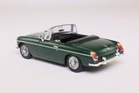 del Prado 19; MGB; Open Roadster, British Racing Green