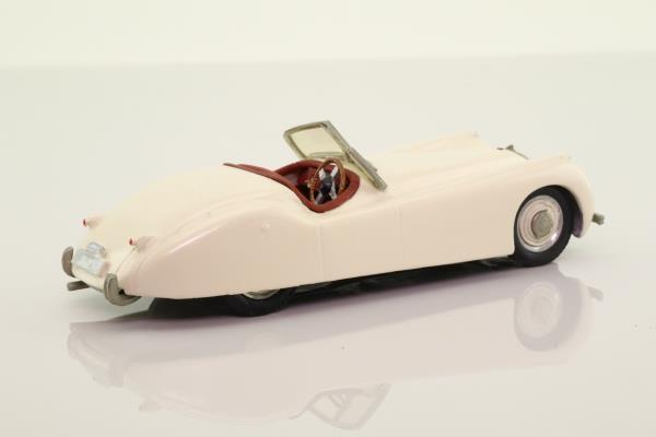 Western Models WMS6; Jaguar XK120 Roadster; Open Top, White