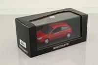 Minichamps 430 087000; 1998 Ford Focus; 3-Door Saloon, Red