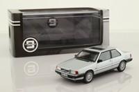 Triple 9 T9-43040; 1977 Volvo 780 Bertone; Silver
