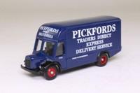 Trackside DG174007; BMC VA Noddy Van; Pickfords Traders Direct