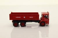 Oxford Diecast 76TIP005; AEC Ergomatic 6 Wheel Tipper; London Brick Company