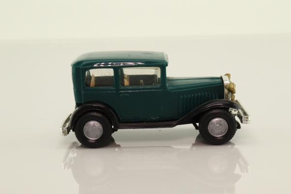 Politoys 106; 1932 Fiat 508 Balilla; Green