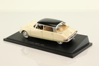 Universal Hobbies; 1956 Citroen DS19 Sedan; Cream & Black