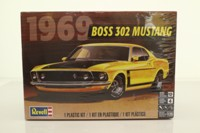 Revell 85-4313; 1969 302 Boss Ford Mustang; Plastic Self-Assembly Kit