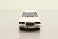 Auto World AWR1137/06; 1986 Buick Regal T Type; White