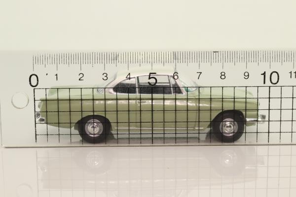 Vanguards VA03407; Ford Consul Capri 109E; Lime Green & Ermine White