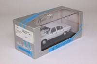 Minichamps MIN 032201; 1976 Mercedes-Benz W123; 230E Limousine, White