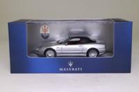 Minichamps MOC035; Maserati 4200GT Spyder Cambiocorsa; Soft Top, Metallic Silver