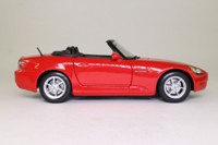 Maisto 31879; 1999 Honda S2000 Roadster; Open Top, Red, Japanese Version RHD