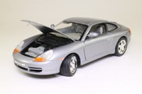 Motor Max 73100; 2003 Porsche 911; Metallic Silver