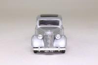 Dinky Matchbox DY-5; 1950 Ford V8 Pilot; Silver Metallic