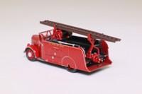 Oxford Diecast 00; Dennis Light Four New World Fire Engine; East Sussex Fire Brigade